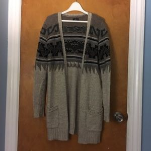 American Eagle Patterned Cardigan Sweater NWOT